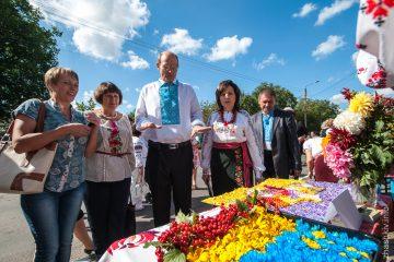 До голови Жашківської районної ради увірвалися самооборонівці