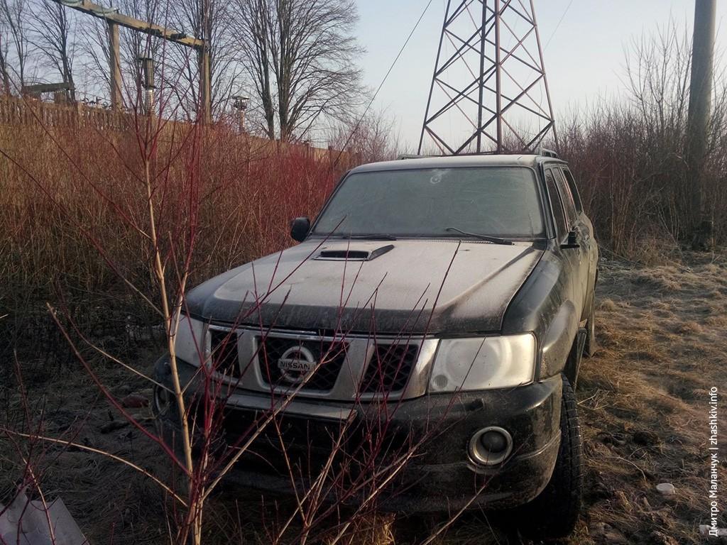 Джип, який ймовірно відкривав стрільбу на блок-посту біля Маньківки знайдено в Жашкові