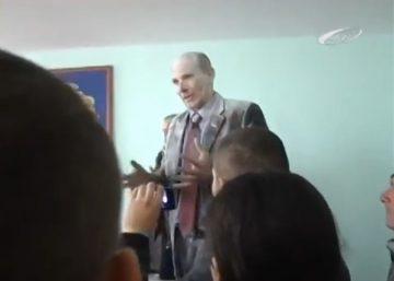 Відео: До голови Жашківської районної ради увірвалися самооборонівці