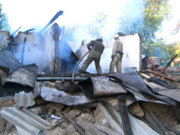Через вибух побутового газу знищено будинок