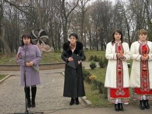 Жашків. Мітинг-реквієм з нагоди вшанування пам'яті жертв Голодомору 1932-1933 років